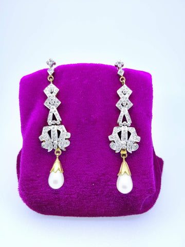 ER9 18K Ladies Earring
