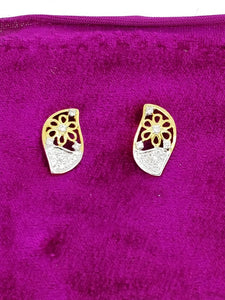 T327 14K Ladies Earring