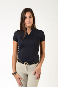 Ladies short sleeve polo shirt | lady short sleeve polo shirt | cotton | short sleeves polo shirt | short sleeves shirt | model ATENA | short sleeves riding polo | lady polo | lady riding shirt | riding shirt | ladies riding shirt | comfort of movement | Makebe | clothing | equestrian | riding | technical material | made in Italy | elegance | black |