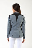 Lady horse riding jacket | model ALTEA | tech fabric | technical materials | technical fabric | riding | equestrian | Makebe | Made in Italy | clothing | jacket | riding jacket | free movememt system | comfort | comfort of movements | elastic materials | riding elastic jacket | elegance | grey |