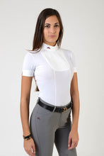 Load image into Gallery viewer, Ladies polo shirt | lady polo shirt | cotton | polo shirt | shirt | model VERONICA | riding polo | lady polo | lady riding shirt | riding shirt | ladies riding shirt | comfort of movement | Makebe | clothing | equestrian | riding | technical material | made in Italy | elegance | white |