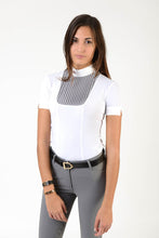 Load image into Gallery viewer, Ladies polo shirt | lady polo shirt | cotton | polo shirt | shirt | model VERONICA | riding polo | lady polo | lady riding shirt | riding shirt | ladies riding shirt | comfort of movement | Makebe | clothing | equestrian | riding | technical material | made in Italy | elegance | white | grey |