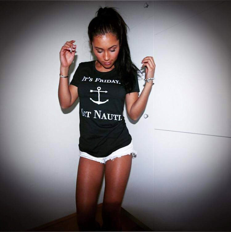 WOMENS I ITS FRIDAY GET NAUGHTI I TSHIRT - Shawshank clothing