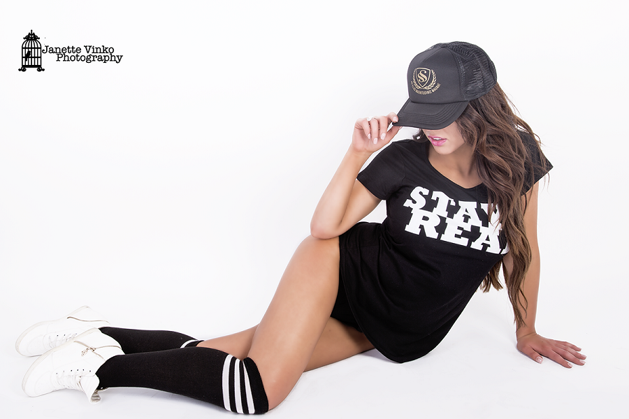 WOMENS I STAY REAL I TSHIRT - Shawshank clothing