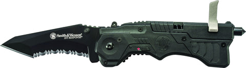 Smith & Wesson 1st Response M.A.G.I.C. Assisted Opening Liner Lock Folding Knife & Rescue Tool Serr