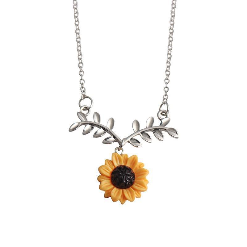 Sunflower Clavicle Necklace