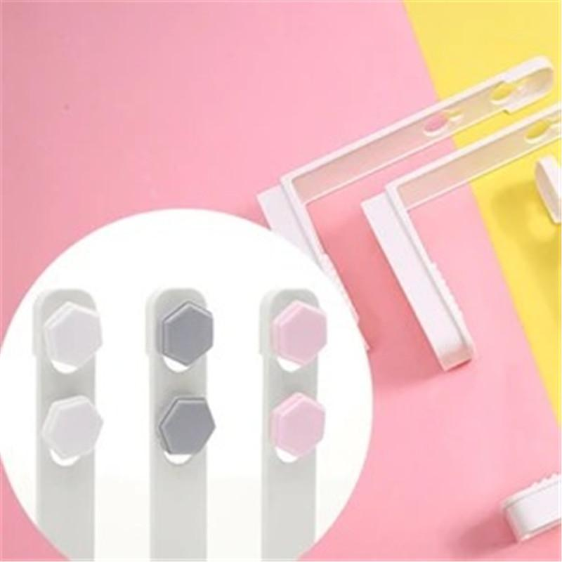 Bed Sheet Grippers Clip Set