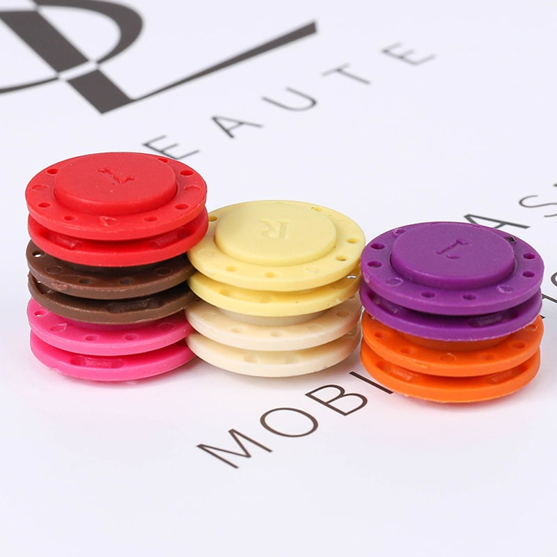 High-grade invisible plastic magnet button (5PCS)--Present a gift now:sewing set