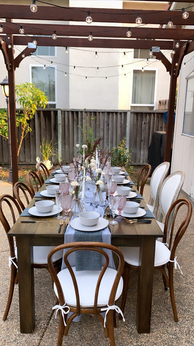 Surprise Tablescape for an Intimate Backyard Wedding
