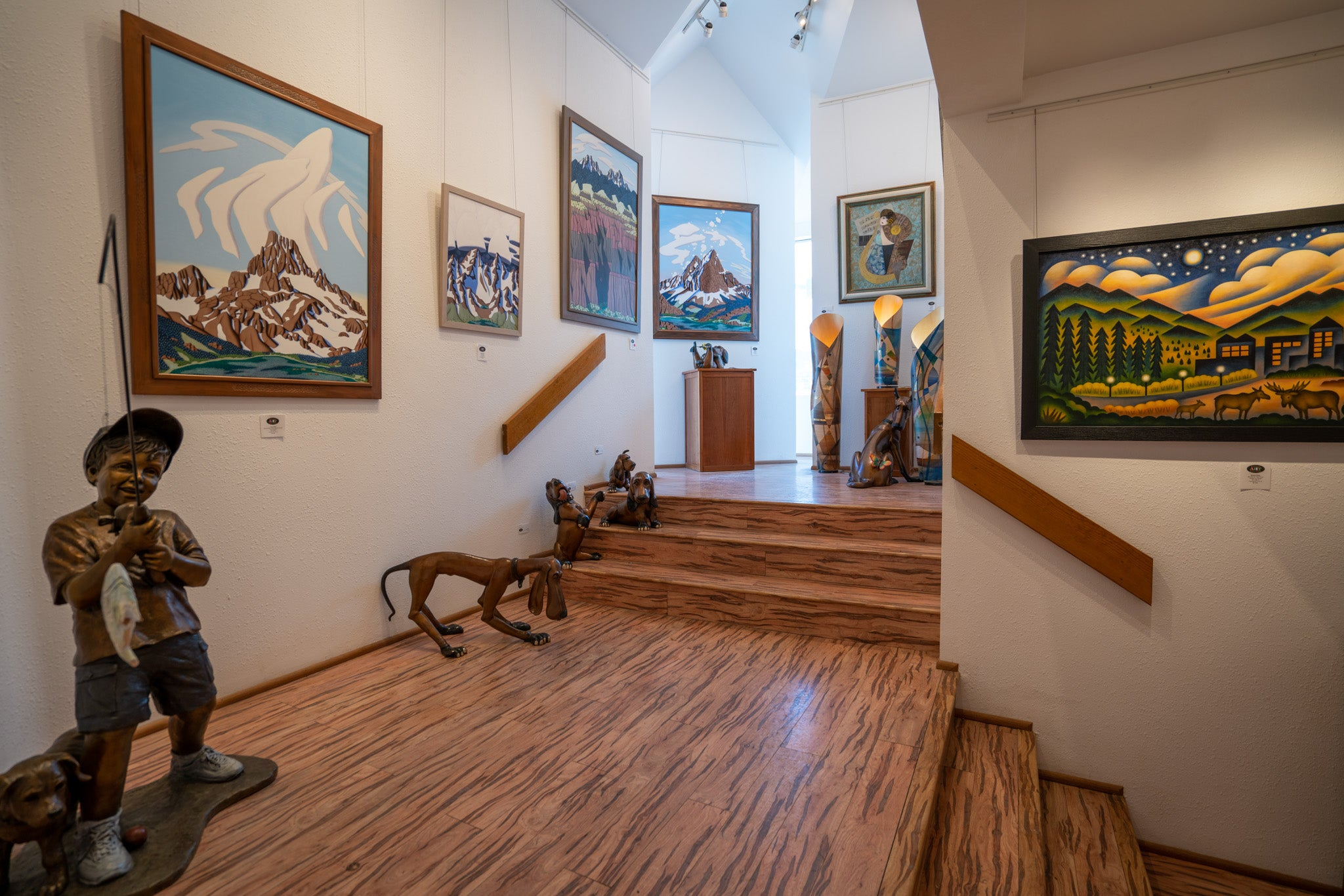 Raitman Art Galleries Breckenridge, Colorado. Featuring Original Paintings and Sculptures by Tracy Felix, Sushe Felix, Nile Jade, Cynthia Duff, Marianne Caroselli and Marty Goldstein