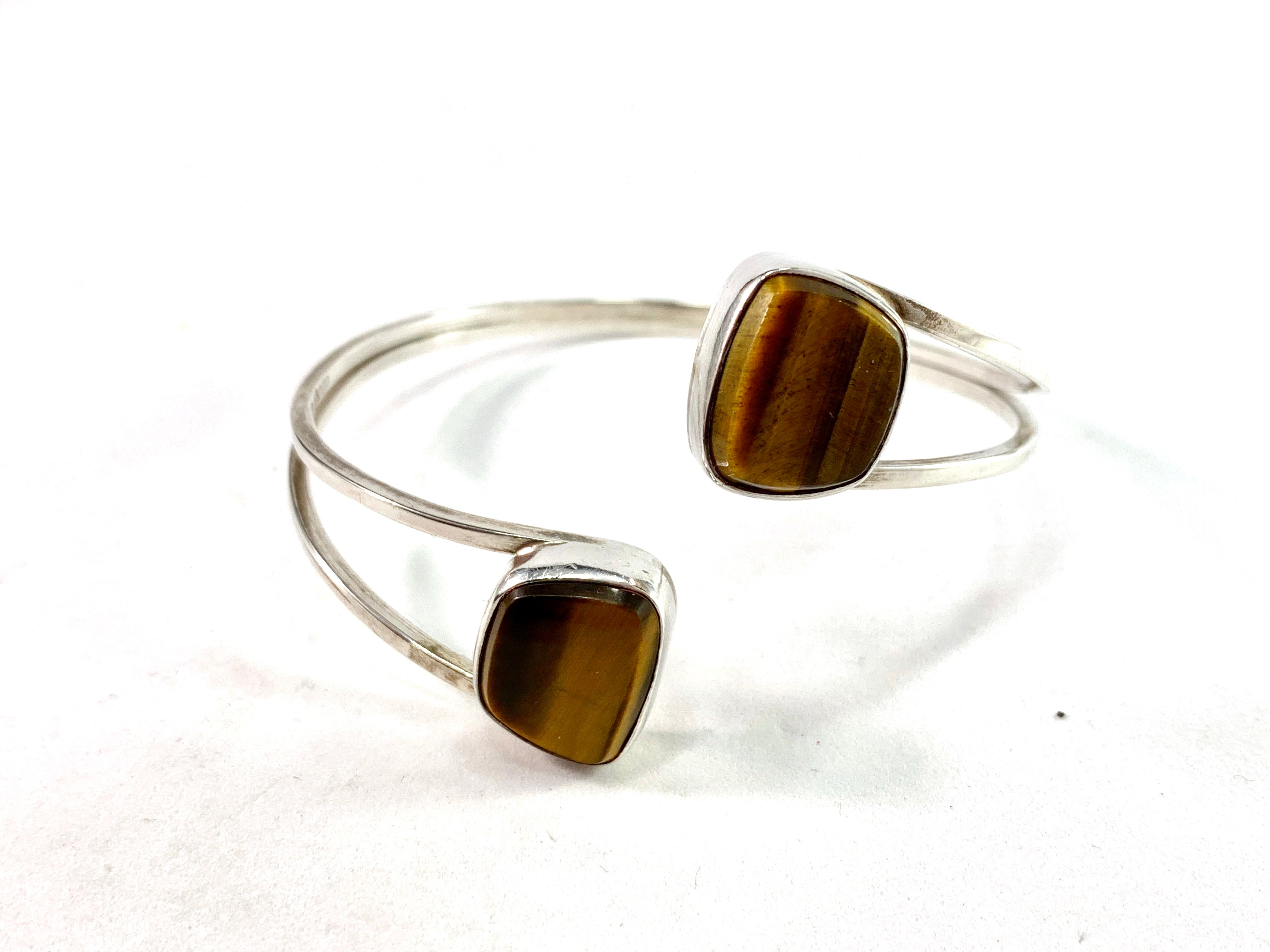 Victor Janson, Sweden year 1969 Modernist Sterling Silver Tiger-Eye Bangle Arm-band.