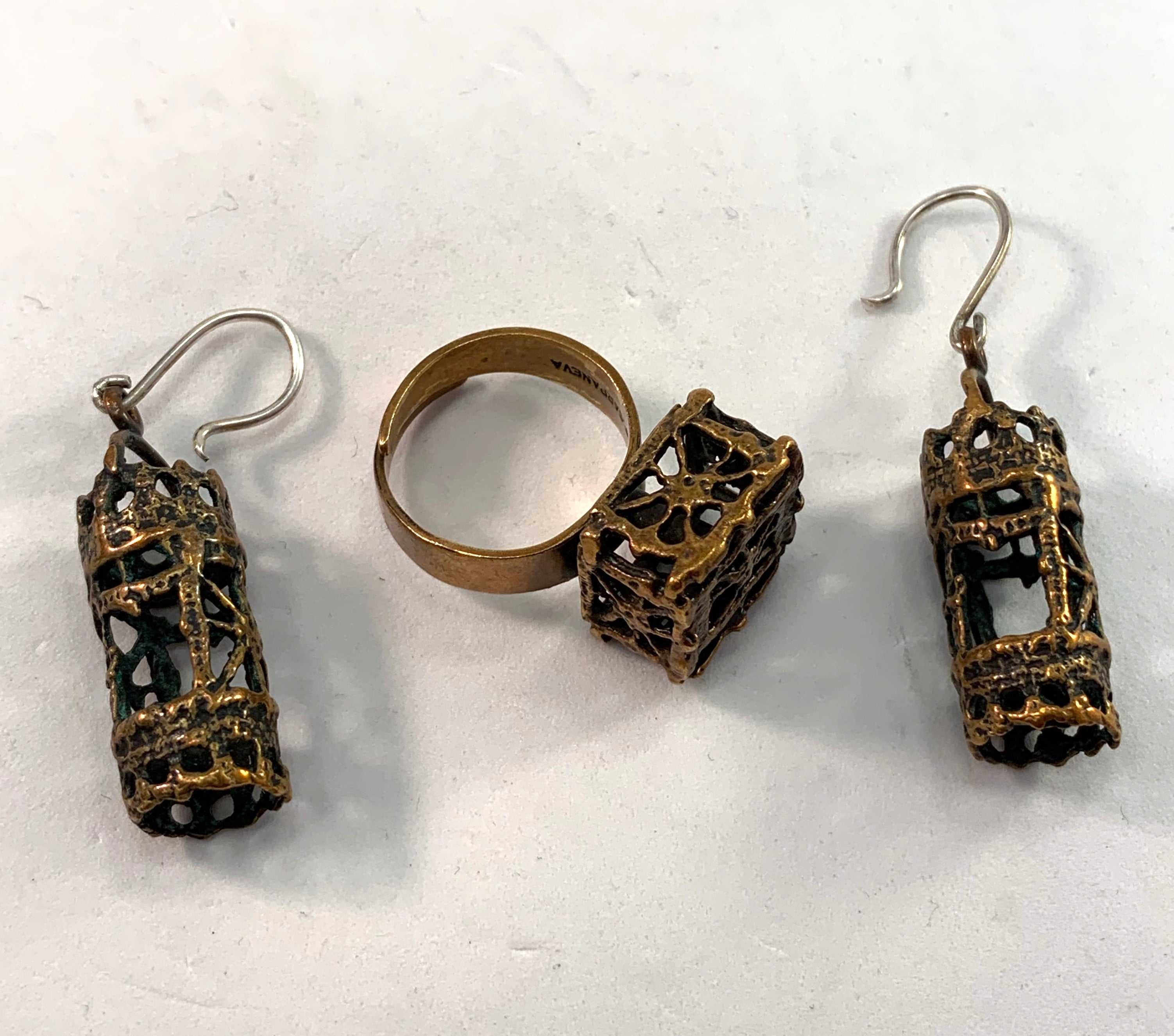 Pentti Sarpaneva Finland 1960-70s Bronze Earrings ring