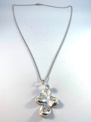 Örneus, Stockholm year 1974 Sterling Silver Rock Crystal Pendant Necklace.