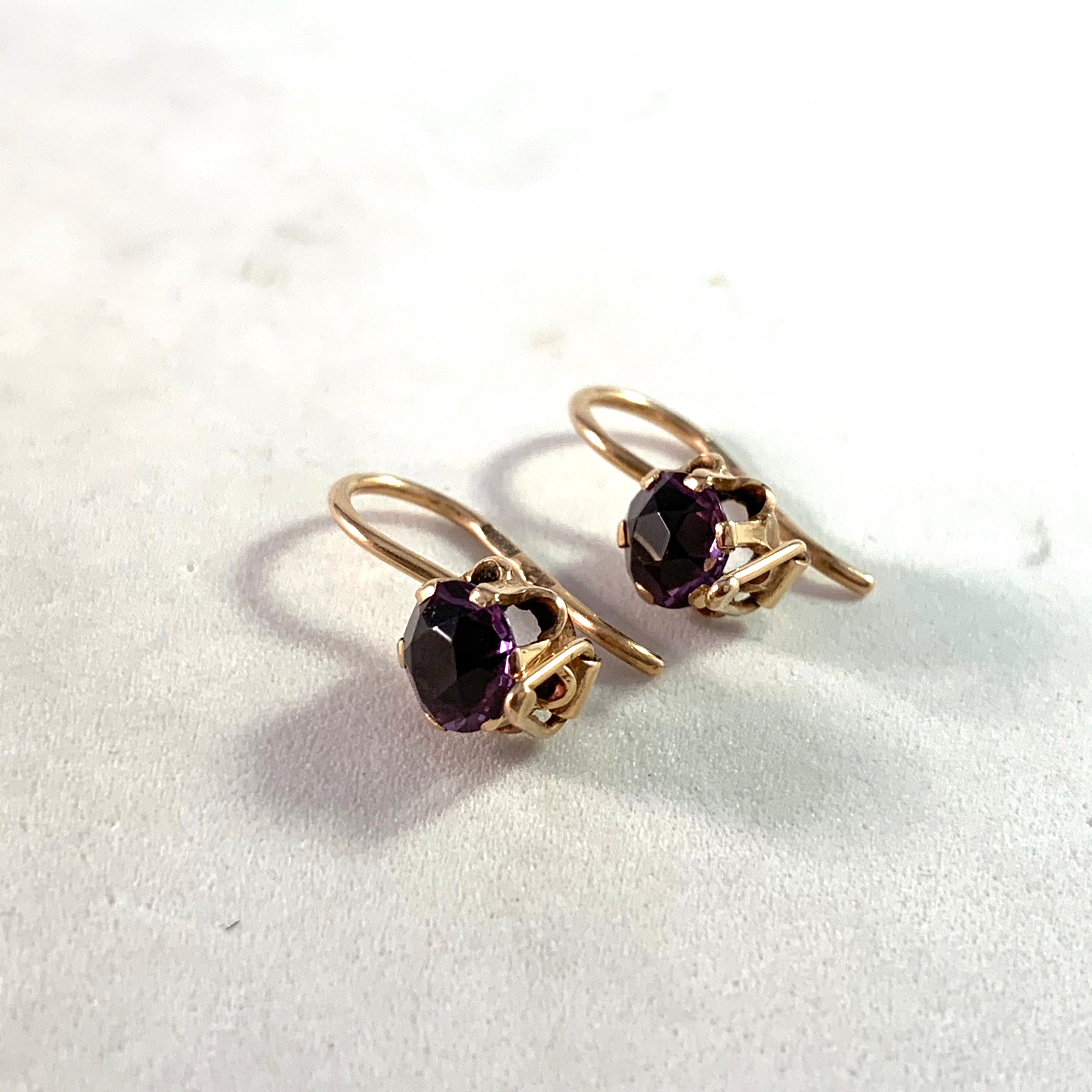 Russia, Soviet Era c 1950s. Mid Century 14k Gold Color Changing Sapphire Earrings.