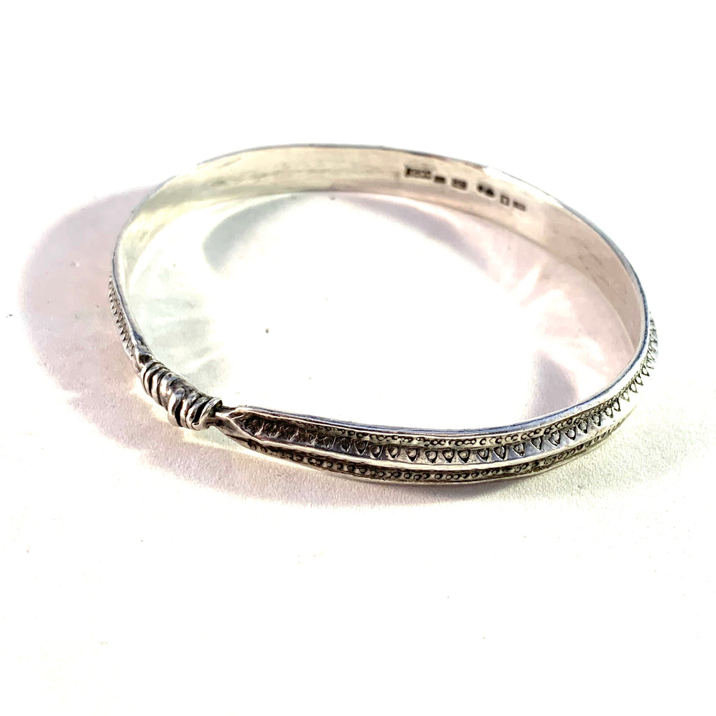Bengt Hallberg, Sweden Vintage Sterling Silver Viking Copy Bangle Bracelet.