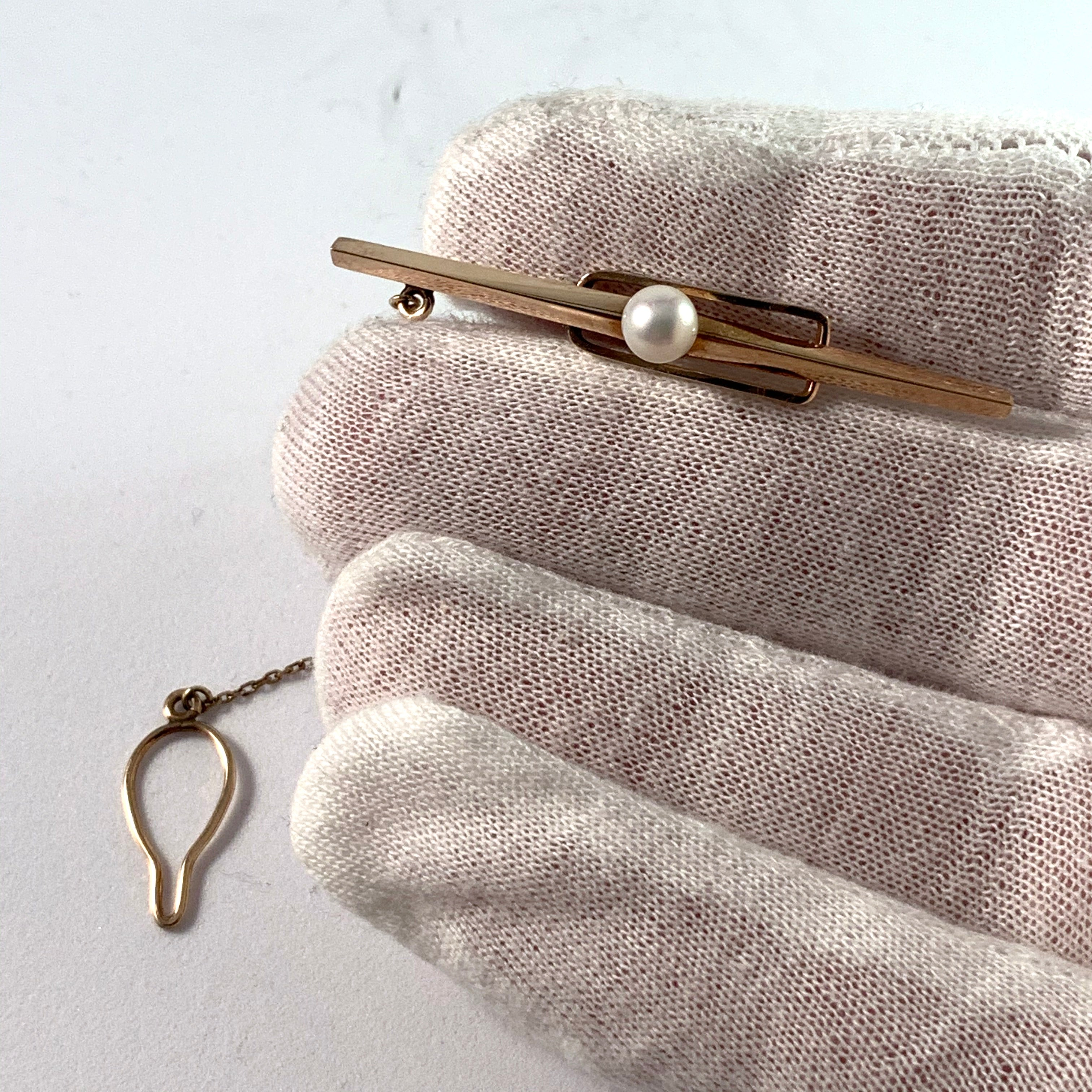 Maker WAKO, Japan Vintage 10k Gold Cultured Pearl Tie Bar