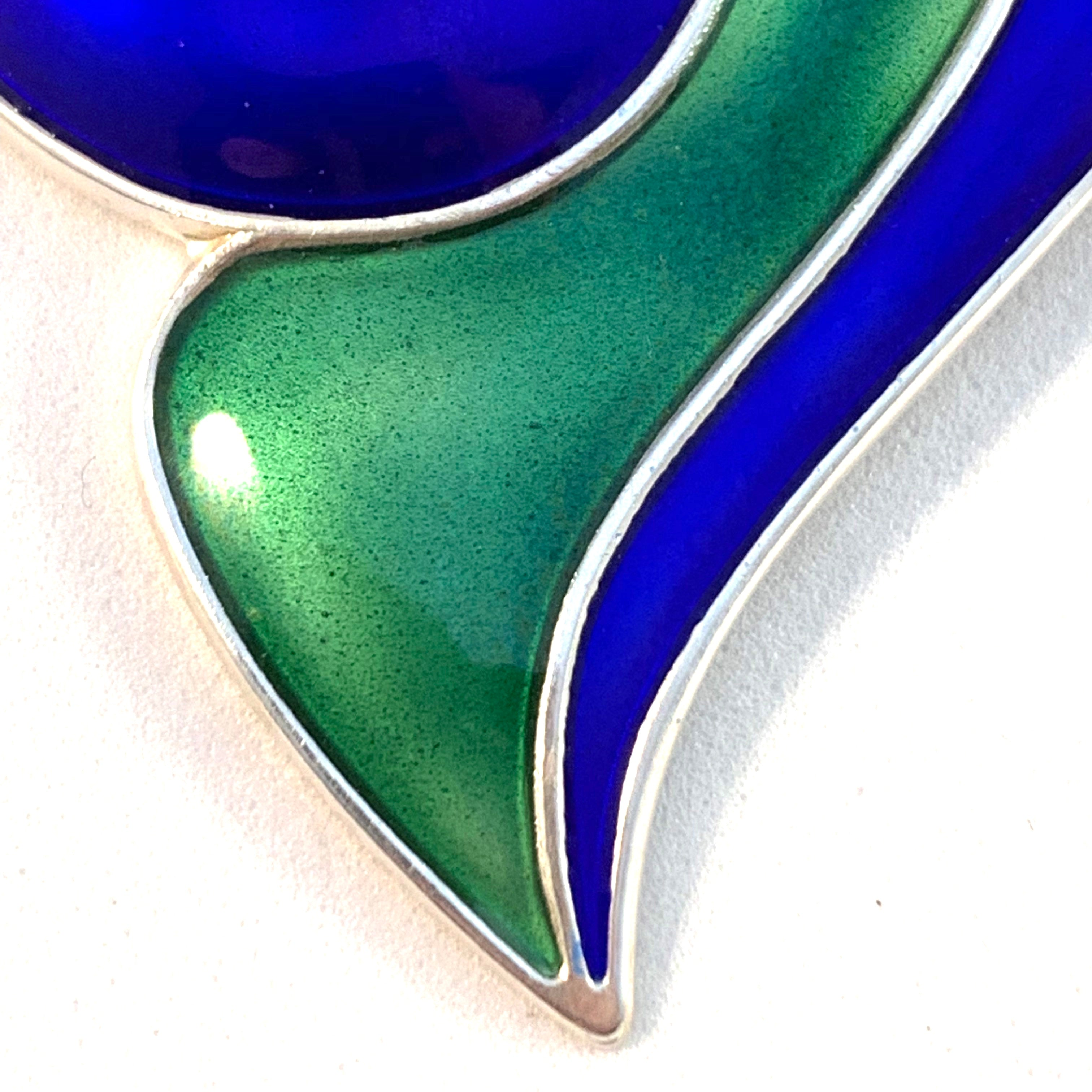 Synnøve Korssjøen, for David Andersen, Norway. Large Vintage Sterling Silver Blue and Green Enamel Sculptural Pendant