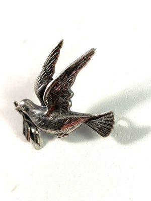 Hugo Grun, Sweden year 1945 Solid Silver Peace Dove Celebrating end of WW2 Brooch.
