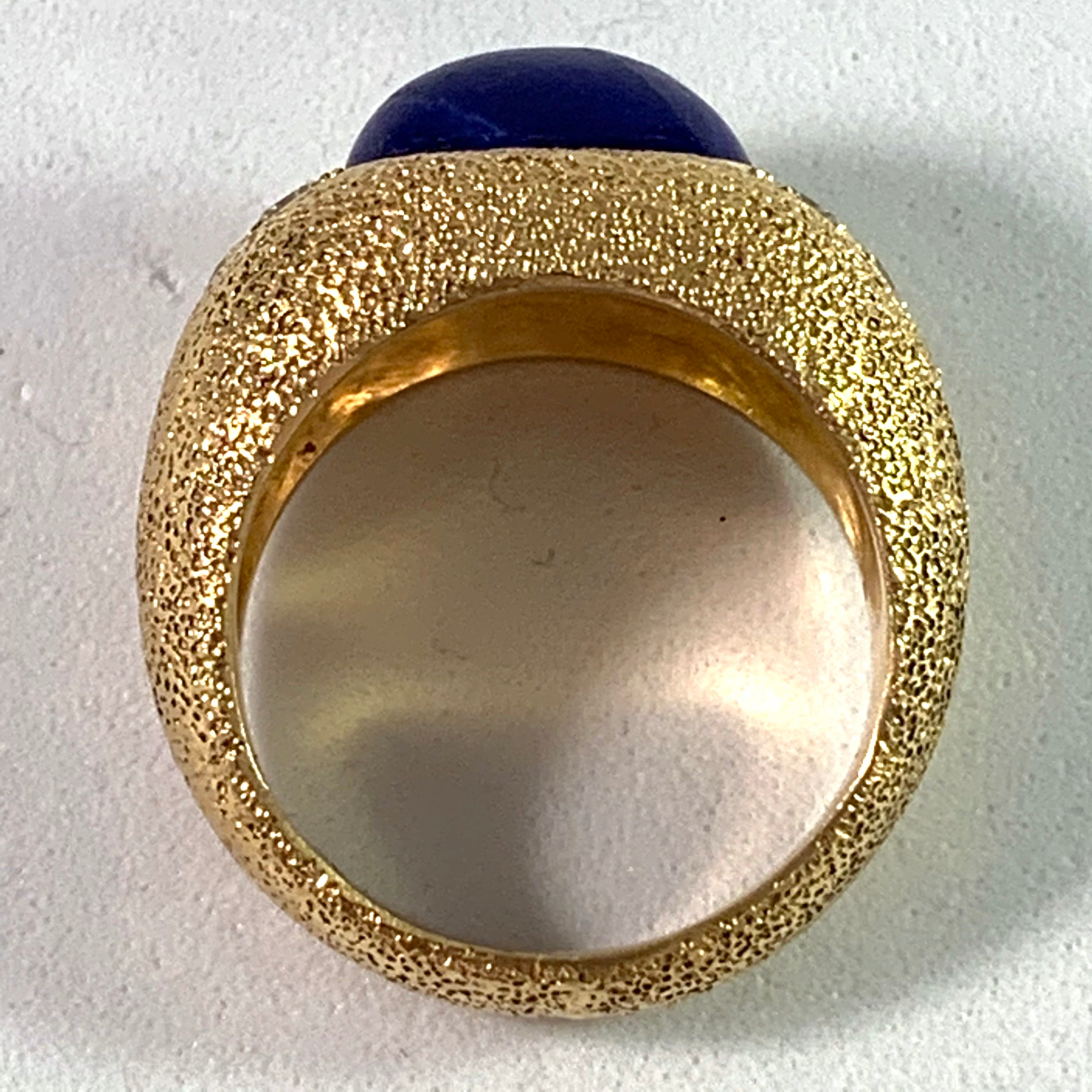 1960s Vintage Chunky 18k Gold 0.4ctw Diamond Lapis Lazuli Dome Cocktail Ring.