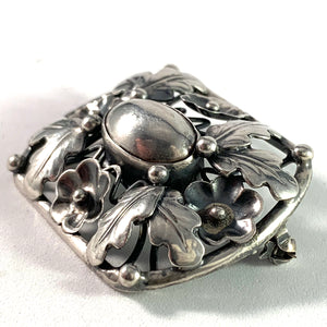 GUSSI, Sweden year 1951 Mid Century Solid Silver Brooch.