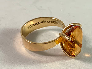 Örneus, Sweden year 1976 18k Gold Citrine Ring.