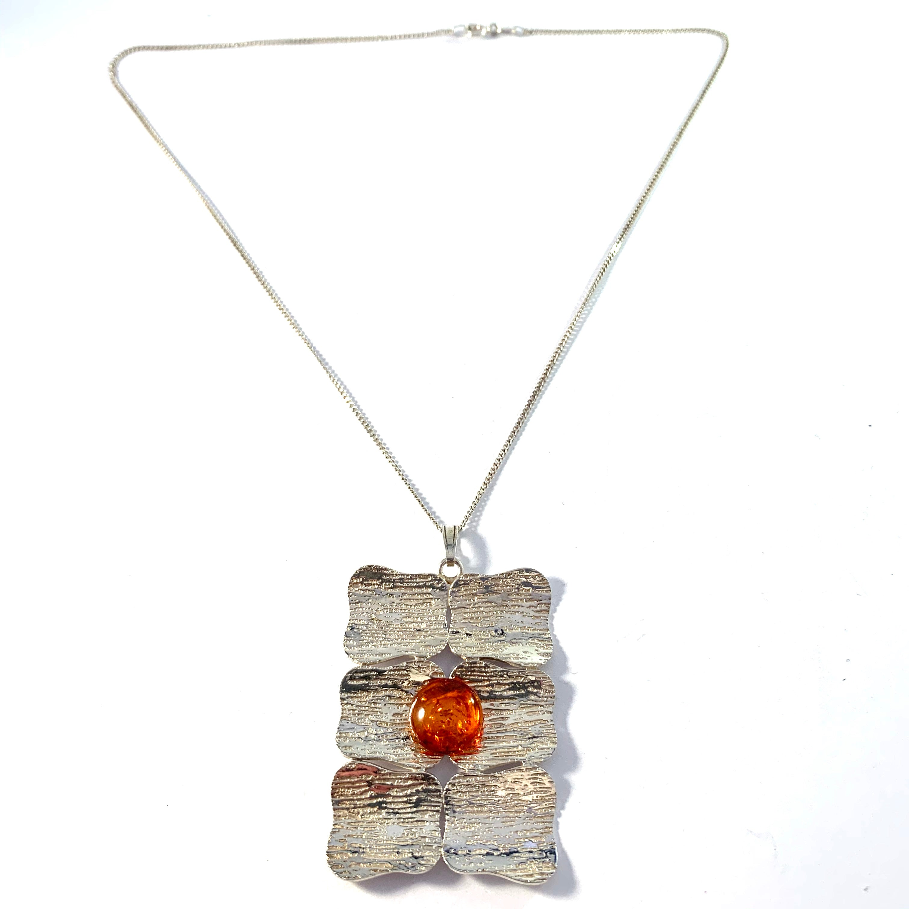 Vintage 835 Silver Baltic Amber Pendant Necklace.