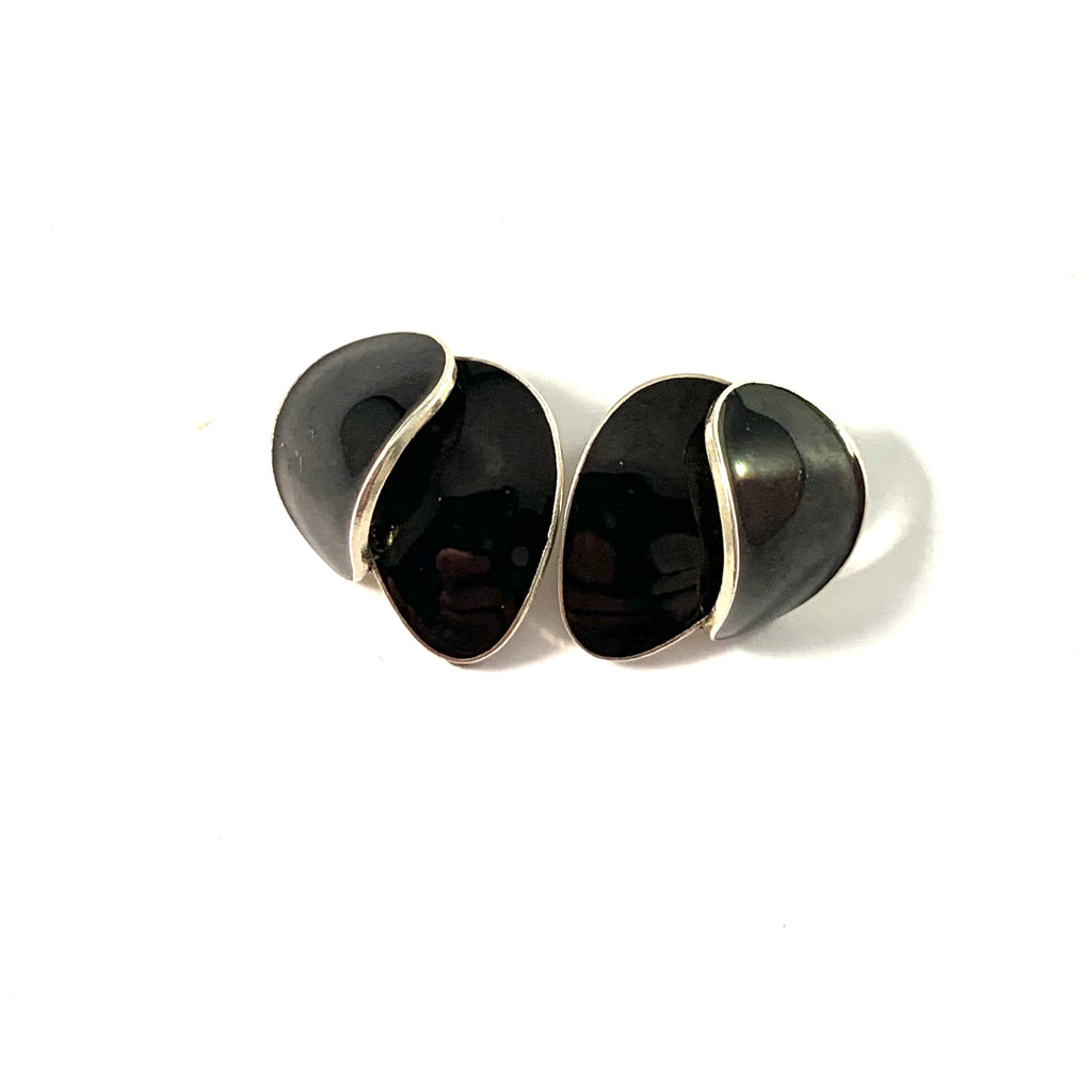 Ivar T Holth, Norway. Vintage Sterling Silver Black Enamel Clip-on Earrings.