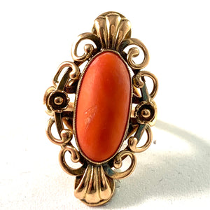 Mid Century 14k Gold Coral Ring
