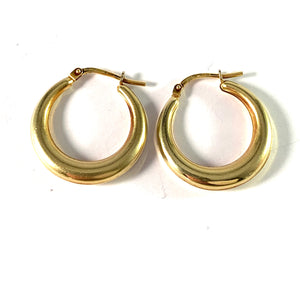 UNO A ERRE, Arezzo, Italy Vintage 18k Gold Earrings.