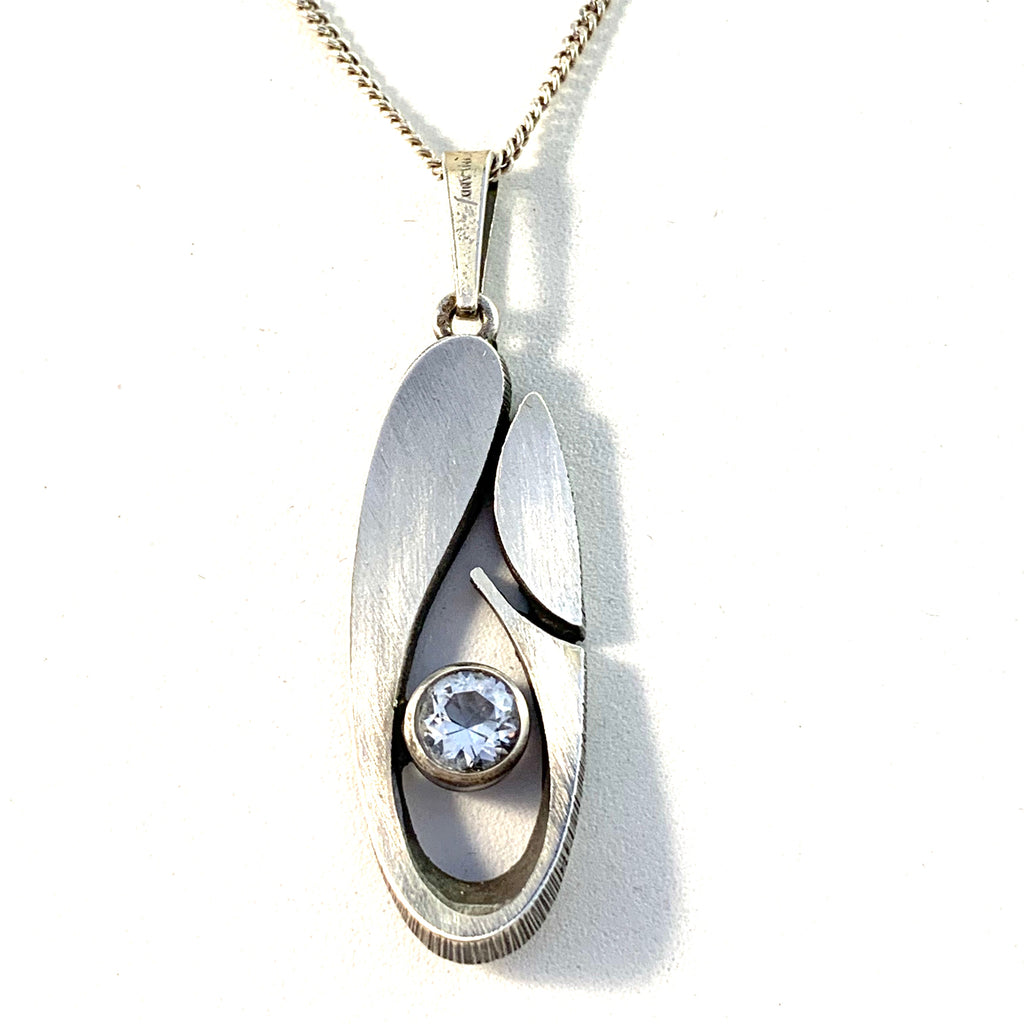 Sten & Laine Finland 1977 Vintage Sterling Silver Rock Crystal Pendant Necklace.
