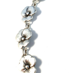 Kaplan, Stockholm 1949 Mid Century Sterling Silver Floral Necklace.