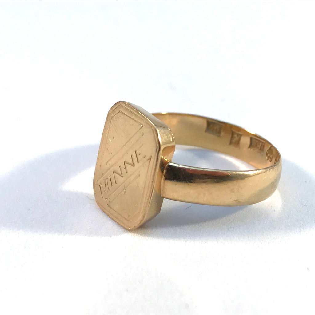 Antique gold memory ring