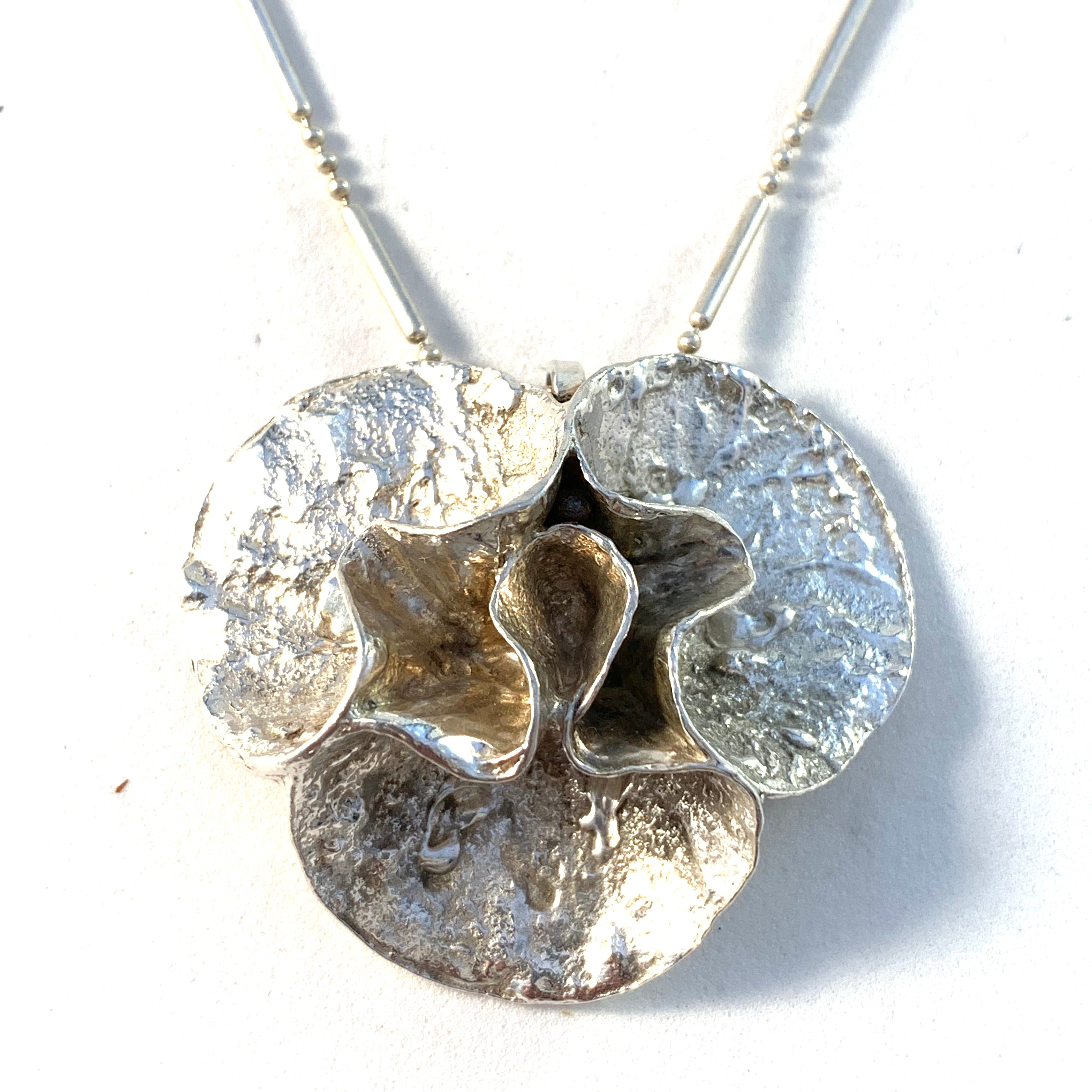 Theresia Hvorslev for MEMA, Sweden 1975 Sterling Silver Water Lily Pendant Necklace.