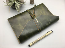 Load image into Gallery viewer, Personalized Leather Journal/ travel notebook