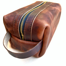 Load image into Gallery viewer, Rustic brown leather dopp kit, shave bag