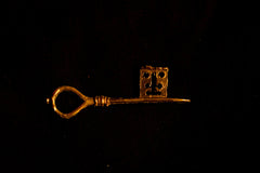 Russian -12th C key pendant - A-38