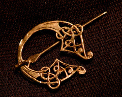 Small, Floral, Celtic Pennanular Brooch - R-06