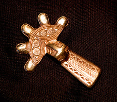 Bow Brooch, 5 round projections - W-89