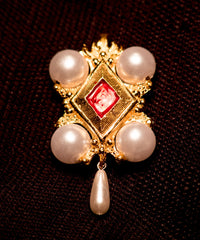 Pendant with pearls and enamel - EL09