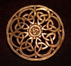 Brooch - Celtic knotwork pattern - B01B