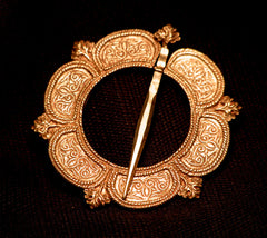 Large Annular brooch 15th - 16th C - W-56