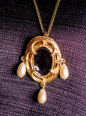 Pendant With 3 pearls - X-55