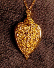 Heart Pendant With Cupid - X-61