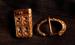 Buckle set with chip carved design - Y-48