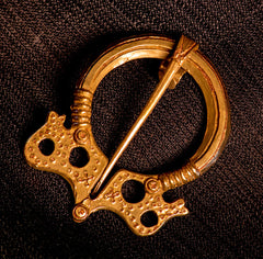 Viking Russian Pennanular Brooch - Y-68