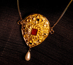 Beautiful 15th Century Pendant - Y-91