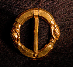 Hands Annular Brooch - Z-34