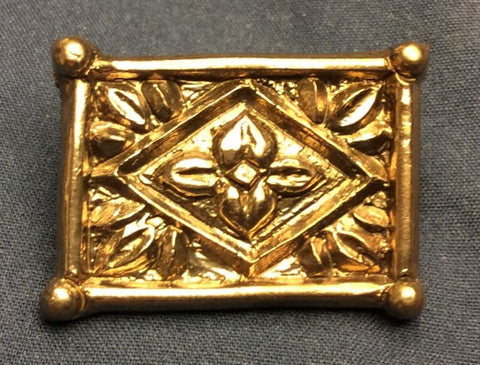 Later Medieval rectangular belt mount with flowers - Z-95