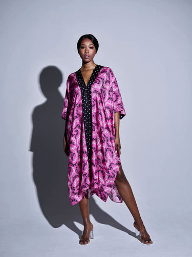 STRONG Kaftan/ Pailsey on bright pink