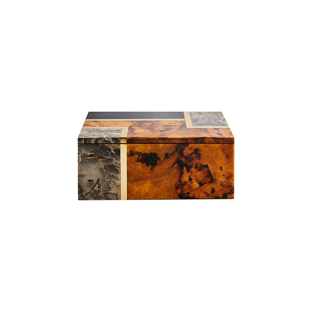 LARGE DIANE SHELL BOX - Flair Home Collection